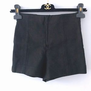 NWOT Aritzia black high waisted biker shorts 00